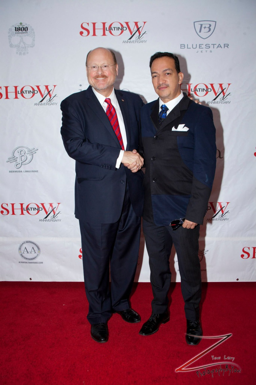 Anthony Rubio with2013 New York City mayoral candidate Joe Lhota (Photo by Yoni Levy)