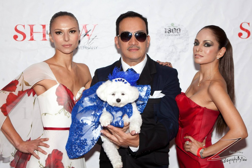 Anthony Rubio holding canine model Bella Mia with models Alek Sandra   and Ivon Reyes (Photo By Yoni Levy)