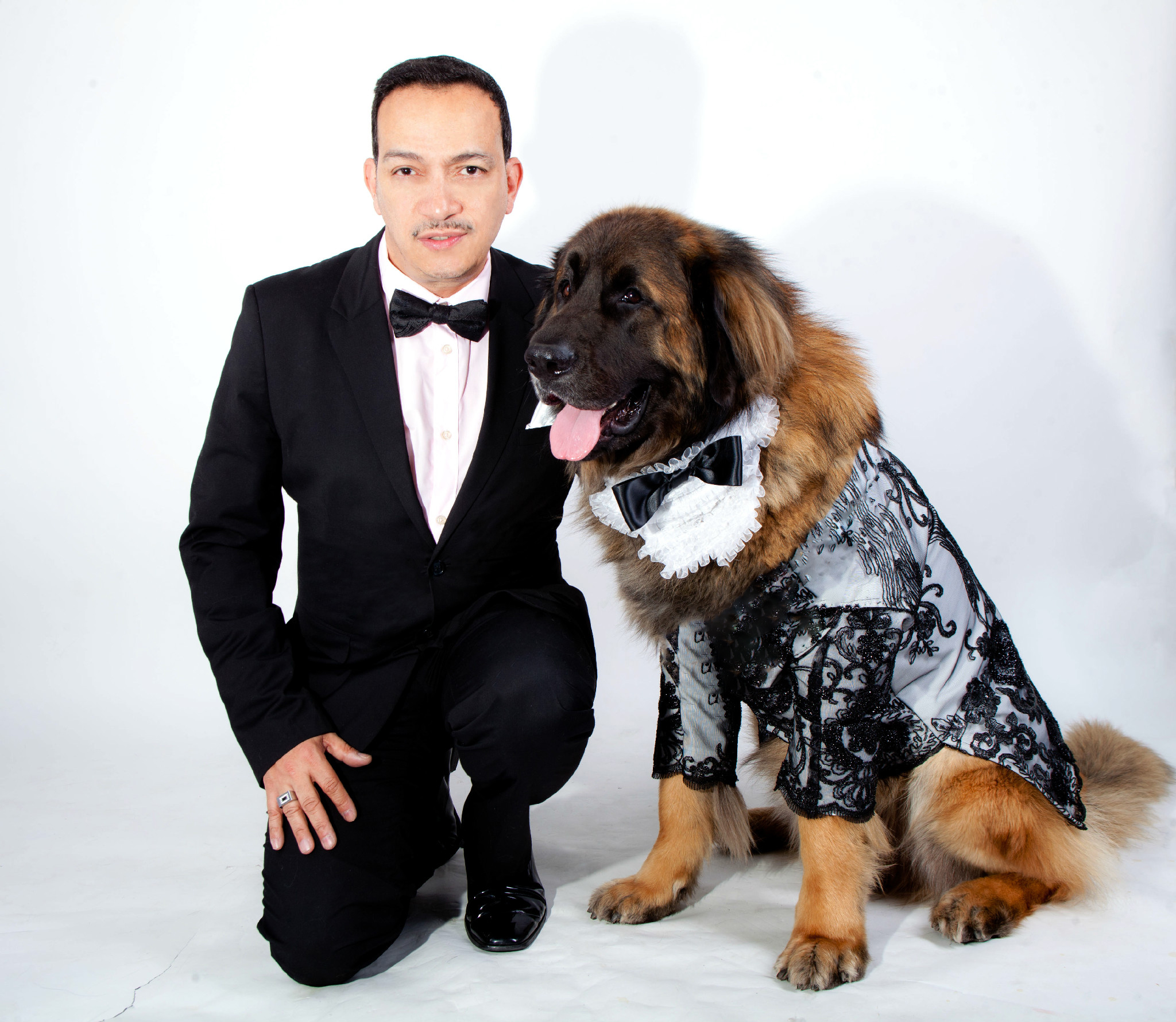 Anthony Rubio with Mr. America wearing Anthony Rubio Designs (Photo by Yoni Levy)