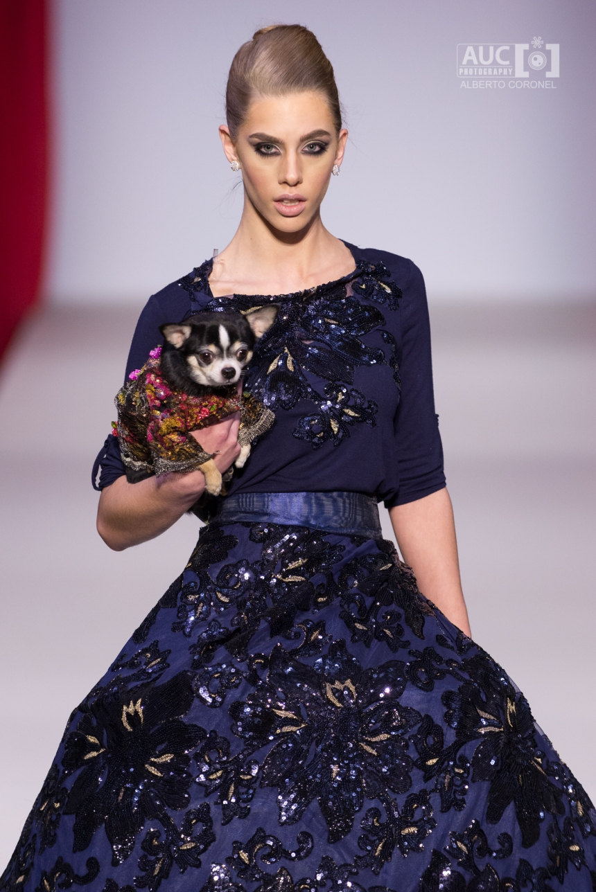 Anthony Rubio Fall/Winter 2016 - New York Fashion Week Women's Wear & Canine Couture Female Model: Marissa Zandonella Canine Model: Bogie, @BogieAndKimba Photo by: Alberto Coronel