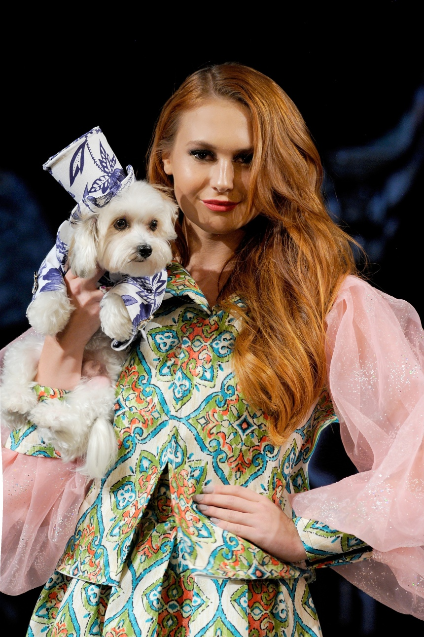 Anthony Rubio Spring/Summer 2018 Women's Wear & Canine Couture New York Fashion Week Photo by Arun Nevader - Getty Images Model: Christina Stratton Canine Model: @HermanInTheHood