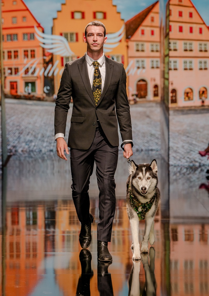 Anthony Rubio Women's Wear and Canine Couture Los Angeles Fashion Week Photo by Johnathan Sutton of Prémium Paris